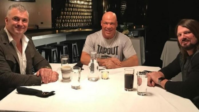 Table For 3 WWE